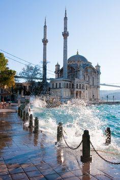 Kategori : Özel Baskı Ürünü Stok Kodu : 40833811 Ürün Adı : İstanbul Duvar Kağıdı Kdv Dahil : 29 TL İndirimli : 29 TL Özel baskı ürünüdür. Sizin istediğiniz ölçülerde atölyede özel baskı olarak ü...