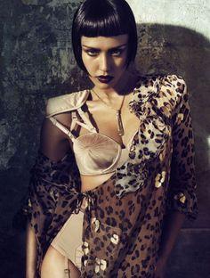☆ Jessica Alba | Photography by Michelangelo Di Battista | For Vogue Magazine Italy | April 2011 ☆ #Jessica_Alba #Michelangelo_Di_Battista #Vogue #2011