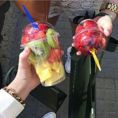 Tag a friend 🍹😍 #tagforlikes #breakfast #fitgirl #healthylife