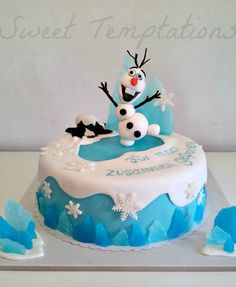 Frozen Olaf Cake Frozen cake with Olaf ;)Cake is filled with vanillasponge and coconut / white chocolate cream. Disney Frozen Cake, Frozen Theme Cake, Frozen Birthday Cake, Disney Cakes, Olaf Birthday, Birthday Ideas, Fondant Cakes, Cupcake Cakes, Cup Cakes