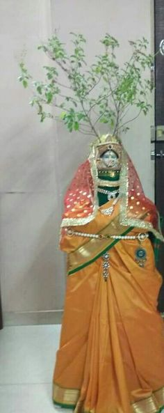 Mandir Decoration, Basket Decoration, Indian Home Design, Diwali Rangoli, Pooja Rooms, Indian Festivals, Wine Bottle Crafts, Festival Decorations, Goddesses