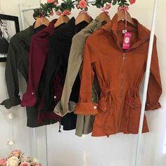 f9e2551888b71 Encontre Parca Feminina Casaco Outono Inverno Look Intagram - Casacos no Mercado  Livre Brasil. Descubra a melhor forma de comprar online. Erika · roupas ...