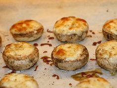 Ciuperci umplute cu branza - Ciuperci umplute cu branza Baked Potato, Muffin, Potatoes, Baking, Breakfast, Ethnic Recipes, Food, Morning Coffee, Potato