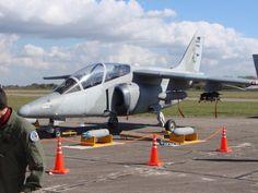FMA IA 63 Pampa. Este avión argentino está basado en el diseño del Alpha Jet.