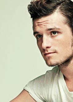 Josh Hutcherson with facial hair... Shut your face! This didnt happen! Ever. Nope I won't believe it!