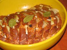 Karkówka pieczona w kapuście | Qchenne kaprysy Pork Recipes, Cooking Recipes, Polish Recipes, Aga, Food Design, Sushi, Food To Make, Sausage, Bacon