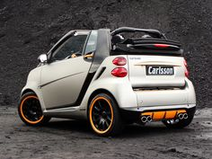 smart fortwo cabrio Photos and Specs. Photo: fortwo cabrio smart Characteristics and 25 perfect photos of smart fortwo cabrio Benz Smart, Smart Forfour, Smart Auto, Smart Fortwo, Smart Car Body Kits, Smart Roadster Coupe, Smart Brabus, Three Wheel Motorcycles, Car Camper