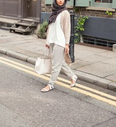 Oatmeal Thin Knit Long Cardigan + White Crepe Top + Stone Tapered Trousers + Mesh Print Hijab | INAYAH www.inayahcolleciton.com  #inayah#hijabfashion#modestfashion#modeststreetfashion