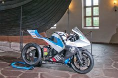 Roskva electric motorcycle concept is constructed largely of carbon fiber and would use LiFePo batteries