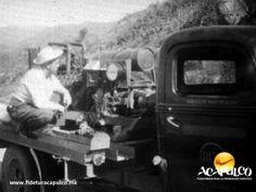 """#acapulcoeneltiempo Equipo para la filmación de la película """"Ocho hombres y una mujer"""" en Acapulco. ACAPULCO EN EL TIEMPO. Durante la filmación de la película """"Ocho hombres y una mujer"""" en el Puerto de Acapulco, se tuvieron que utilizar generadores eléctricos a base de gasolina, para hacer funcionar todos los aparatos que se requerían para dicho filme. Busca más información, visitando la página oficial de Fidetur Acapulco."""