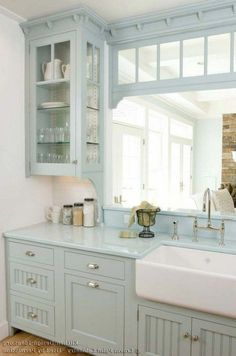 Looking for some great ideas to develop a shabby chic theme inside your new kitchen? Shabby Chic kitchen style has its own origins in traditional English and Farmhouse Kitchen Cabinets, Kitchen Cabinet Design, Kitchen Decor, Kitchen Paint, Diy Kitchen, Farmhouse Sinks, Kitchen Cabinetry, Primitive Kitchen, Kitchen Corner