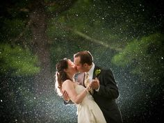 Absolutely #stunning #wedding photo by Tyson Trish Photography, LLC. #kiss