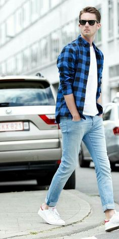 white t-shirt & jeans outfits for men on street.