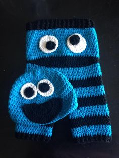 Crochet Cookie Monster Pants and Hat Set, Crochet, Cookie Monster, Sesame Street… Crochet Baby Pants, Crochet Baby Cocoon, Crochet Bebe, Newborn Crochet, Knit Or Crochet, Crochet Scarves, Crochet For Kids, Crochet Clothes, Crochet Monsters