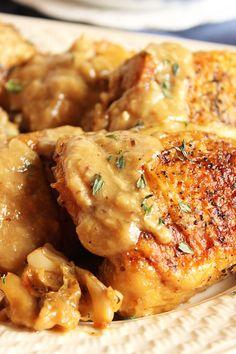 Champagne and Garlic Braised Chicken Thighs | The Suburban Soapbox #chicken #braise