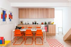 Colors affect our mood and create a healthier and happy environment. We will present to you some amazing colorful #dining room ideas for a happier summer.