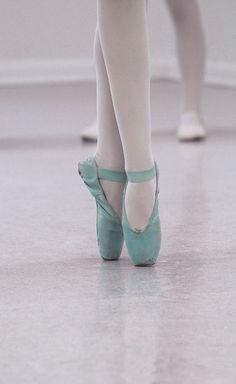 00aad62298 Photographer  Kristopher Grubbs Studio  School of Theatrical Dance  ballet   ballerina  pointe