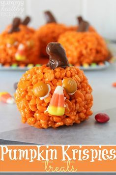 The kids will love these Pumpkin Krispies Treats.  These are perfect favors for…