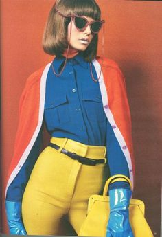 vintage color blocking...she is working it like the rent is due.