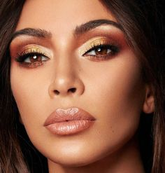 Pinterest: DeborahPraha ♥️ Kim kardashian gold and bronze eyeshadow makeup look and nude lipstick