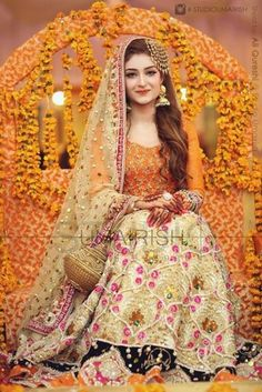 Mehndi is the memorable event in whole wedding. Brides need to chose the best bridal wear on her momentous day. Here is some latest mehndi dresses collection of 2016 and 2017 for Asian brides especially Pakistani and Indian. Pakistani Mehndi Dress, Bridal Mehndi Dresses, Pakistani Wedding Outfits, Pakistani Bridal Dresses, Pakistani Wedding Dresses, Bridal Outfits, Bridal Lehenga, Mehendi, Eid Outfits