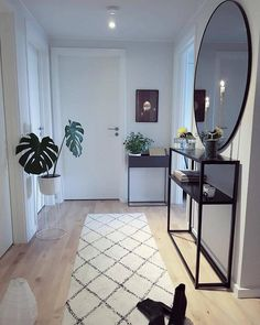 160 cozy small living room decor ideas for your apartment page 8 - Warm Home Decor Home Living Room, Living Room Designs, Living Room Decor, Bedroom Decor, Design Bedroom, Bedroom Ideas, Entryway Decor, Modern Entryway, Entryway Ideas