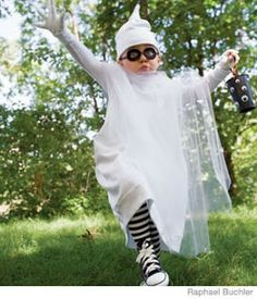 Craft, Interrupted: BOO! A Homemade Ghost Costume