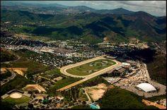 Vista area del Hipodromo de la Rinconada y El Poliedro. Caracas.