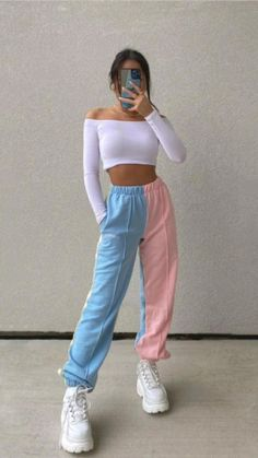 Swaggy Outfits, Cute Lazy Outfits, Crop Top Outfits, Cool Outfits, Outfits With Sweatpants, Fashion Sweatpants, Unique Outfits, Girls Fashion Clothes, Teen Fashion Outfits