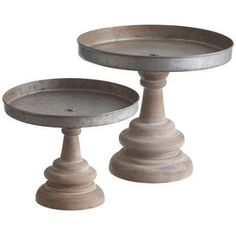 Small and large pedestal stand Construction Material: Metal and wood