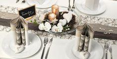 Tischdekoration zur Hochzeit in Taupe mit Pearl