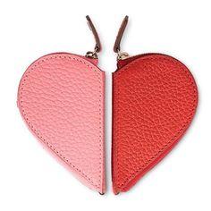 バレンタイン限定のおしゃれアイテムをデイリーでご紹介パリ生まれのトラベルグッズメーカーモワナの限定コレクションはハートが2つに分かれた小銭入れ好きな人とシェアするのがロマンティックです上質なレザーと美しい色合いで大人かわいい逸品 #バレンタイン#モワナ#ハート#moynat #ellegirl  via ELLE GIRL JAPAN MAGAZINE OFFICIAL INSTAGRAM - Celebrity  Fashion  Haute Couture  Advertising  Culture  Beauty  Editorial Photography  Magazine Covers  Supermodels  Runway Models