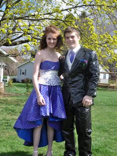 Stuck at Prom® Duck® Brand Duct Tape College Scholarship Contest