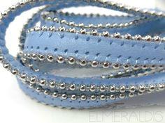 20 cm Lederband flach Sky Blue 8mm Metallkugeln