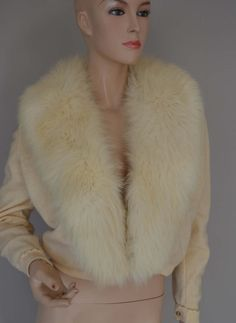 Bernhard Altmann Alaskan Fur HUGE Fluffy FOX 100% Cashmere Pin UP Sweater Ivory Beige Frog Closure Lined in Lace by luvkitsch on Etsy Cardigan Fashion, Fur Collars, Vintage Outfits, Vintage Clothing, Cashmere, Ivory, Beige, Pin Up, Satin