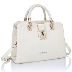 Liu Jo Bag colore true champagne. Fashion Handbags, Fashion Shoes, Fashion Accessories, Satchel Handbags, Purses And Handbags, Kendall, Liu Jo, My Bags, Pink Ladies