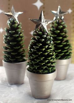 Genius Ways To Reuse Your K-Cups Mini Christmas Tree craft made with pinecones in a terra cotta pot or a K-Cup! Mini Christmas Tree craft made with pinecones in a terra cotta pot or a K-Cup! Pine Cone Christmas Tree, Noel Christmas, Christmas Crafts For Kids, Christmas Projects, Holiday Crafts, Xmas Trees, Cheap Christmas, Christmas Ideas, Pine Cone Tree