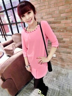 HQ 3180 Studded Long Blouse (PINK) Weight : 0,23 kg Price : Rp. 75000  Product Origin : China Good Quality Fabric: chiffon (not elastic) Bust 90 Shoulder 38 Shoulder 40 Length 75