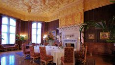 Can you imagine having breakfast here? Biltmore House's breakfast room, where the family usually enjoyed their meals.
