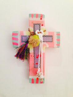 Jai Vasicek Cloudy Pink Medium Cross