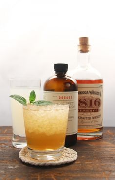 A CHATTANOOGA WHISKEY COCKTAIL