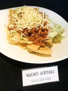 Nachos, Cheddar Cheese, Mexican, Chicken, Mom, Ethnic Recipes, Cheddar, Tortilla Chips, Mothers