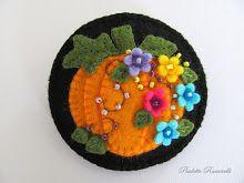 pumpkin pin (Plus many more ideas/patterns)
