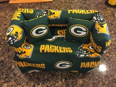 Greenbay Packers sofa couch tissue box covers by NessaBettaBabies