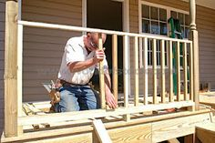 Landscape Design Ideas: How to Build a Simple Wooden Deck Rail Wood Deck Railing, Deck Railing Design, How To Build Porch Railing, Front Porch Railings, Wood Handrail, Stair Banister, Deck Stairs, Front Deck, Deck Design