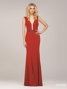    Pure Couture Prom    dress / gown. Jovani Prom. red