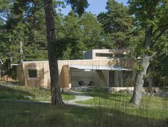 Low impact forest house