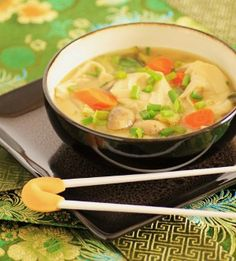 Takeout Wonton Soup-This easy soup recipe is a soul-soothing pick. If you're planning to cook up a Chinese restaurant chicken recipe, this Copycat Takeout Wor Wonton Soup is the essential starter.