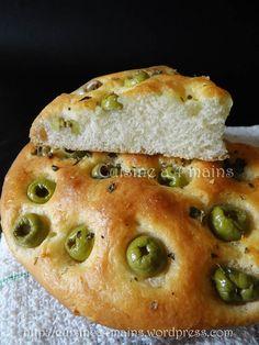 Pain aux olives 1 -  cuisine à 4 mains My Recipes, Cooking Recipes, Favorite Recipes, Cooking Ideas, Pain Aux Olives, Plats Ramadan, Olive Bread, Sandwiches, Salty Foods