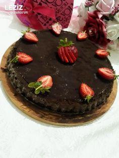 Tiramisu Tart Kek Tiramisu, Birthday Cake, Desserts, Food, Tailgate Desserts, Deserts, Birthday Cakes, Essen, Postres